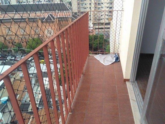 Méier - Rua Arquias Cordeiro - Vazio Varanda 2 Quartos - Dependência Completa - 1 Vaga - Foto 3
