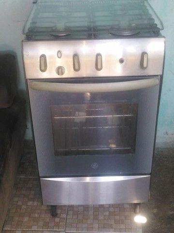 Fugão to bom empefeito estado eléctrico pra vende pegamdo todas as boca forno bom  - Foto 4