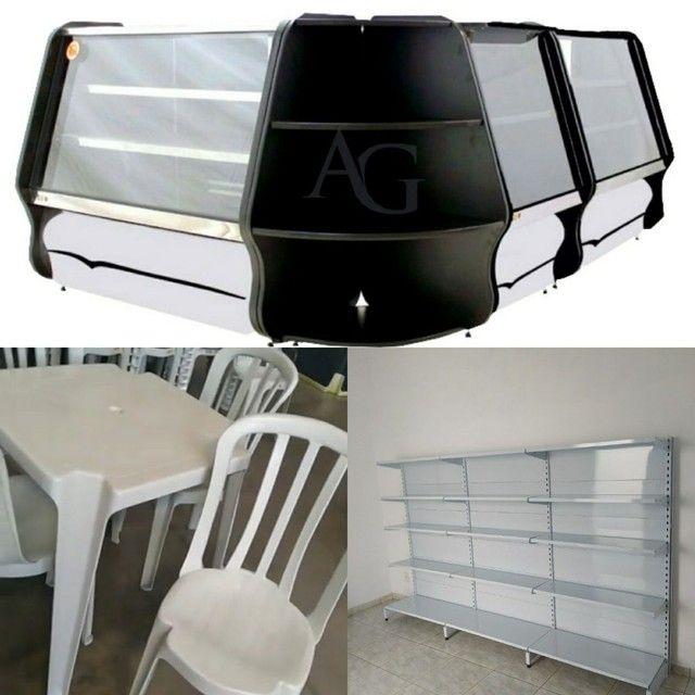 Kit Balcão Refrigerado, balcão Seco + Gôndolas de Parede + Mesa e cadeiras