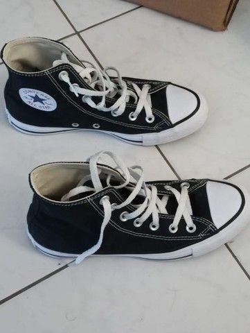 Tenis all star converse cano alto preto com branco 170,00 tam 36 unisex - Foto 3