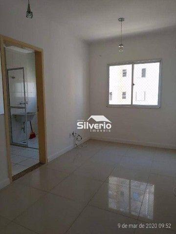 Apartamento com 2 dormitórios para alugar, 47 m² por R$ 1.000,00/mês - Jardim Ismênia - Sã