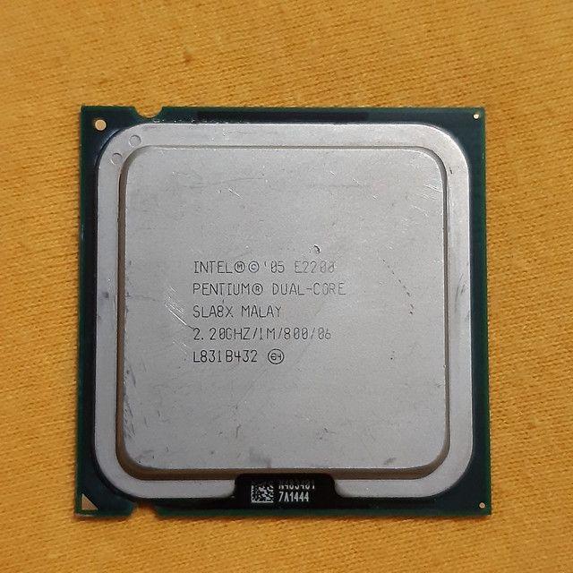 Pentium E2200