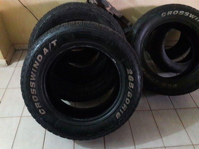 vende 4 pneus 265/60/aro 18  1.000.00