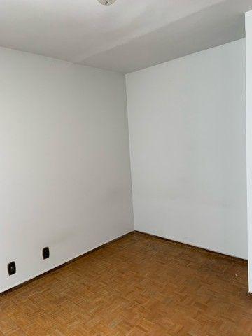 Apartamento de dois quartos, Super Bem Localizado, a dez minutos do centro de Goiânia - Foto 11
