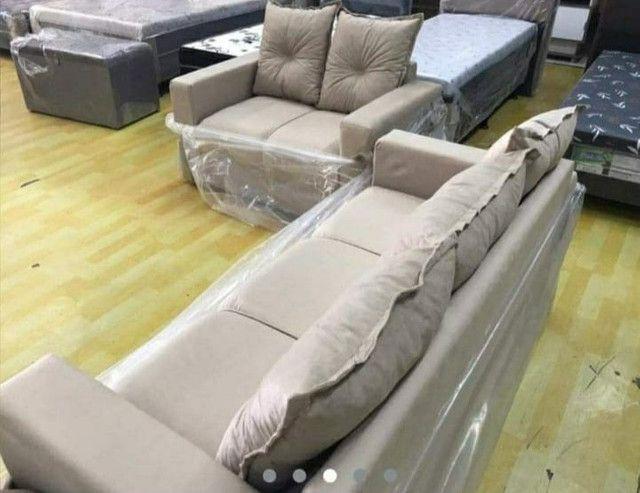 Sofá de 2 e 3 lugares no suede - Novo - Foto 4