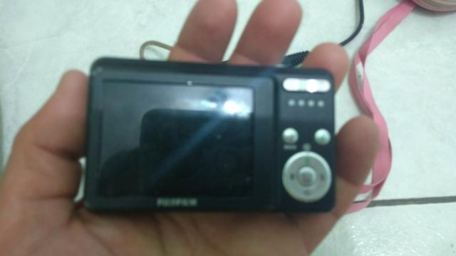 Camera digital.vendo as duas 170
