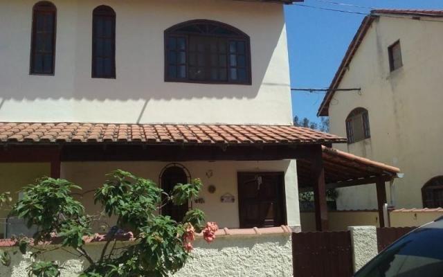 Casa 2 Qtos em condomínio próx. Centro Comercial Itaipuaçu