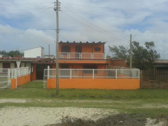 Casa em magistério de frente para o mar
