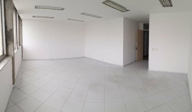 Sala Caminho das Árvores alugada para investidor - Sl 618 - Centro Empres. Iguatemi