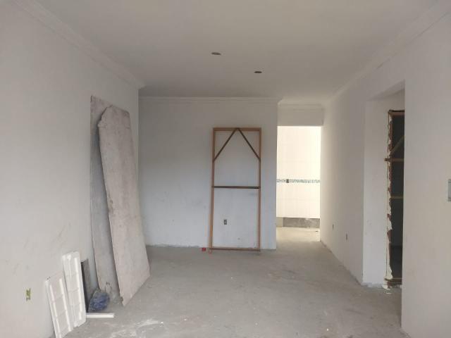 Oferta oferta apto amplo prédio com elevador na praia dos ingleses - Foto 6