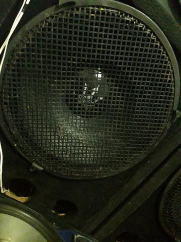 Vendo alto falante de 18 da rex 1000$ - Foto 2