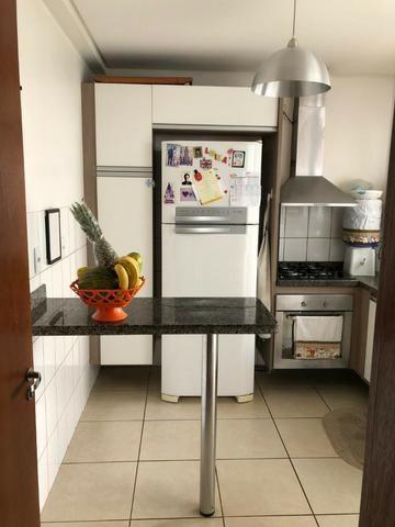 Vendo Sobrado com 3 quartos no Condomínio May Flower - Bairro Goiabeiras em Cuiabá - Foto 4