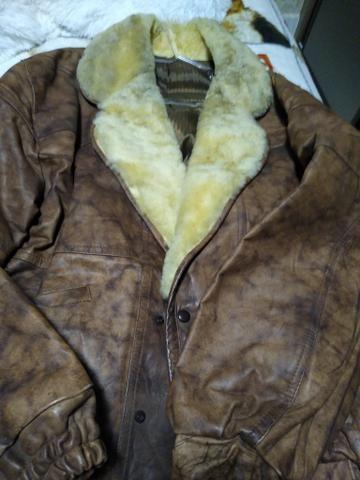 Vendo casaco de couro novo - Foto 6