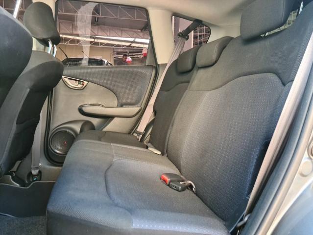 HONDA FIT 2010/2011 1.4 LX 16V FLEX 4P MANUAL - Foto 11