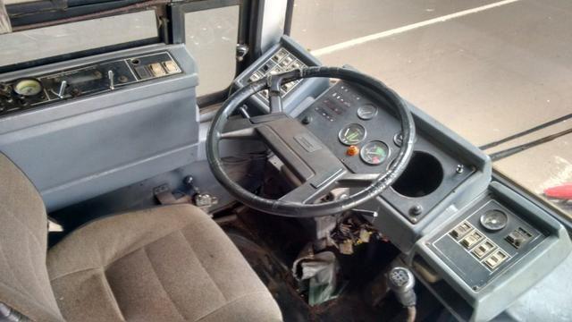 Ônibus Vendo ou Troco Por Carro R$ 25.000,00 - Foto 8