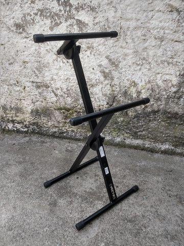 Pedestal para cubo de guitarra/baixo