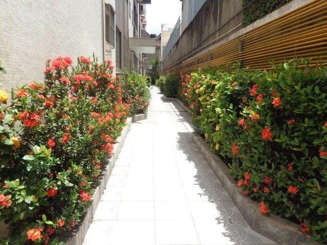 Engenho Novo - Rua Souza Barros - 2 Quartos Varanda - 1 Vaga - Portaria - Piscina - JBM214 - Foto 2
