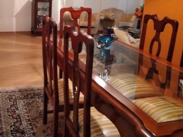 Kit poltronas, mesa de jantar com seis cadeiras e mesa de centro., super estilosas !! - Foto 2