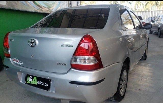 Toyota Etios 2013 1.5 x - Foto 3
