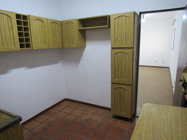 RM Imóveis vende apartamento 3 quartos com dois banhos no coração do Caiçara! - Foto 12
