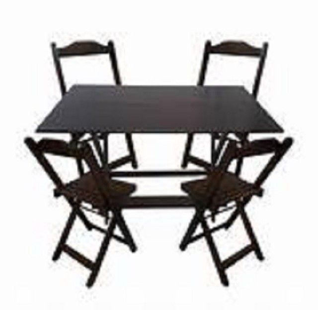 Jogo de mesa com 2 ou com 4 cadeiras dobráveis - direto da fábrica - Foto 5