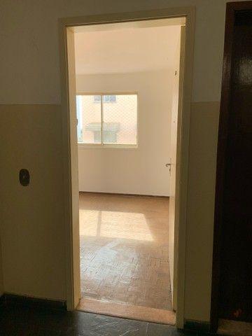 Apartamento de dois quartos, Super Bem Localizado, a dez minutos do centro de Goiânia