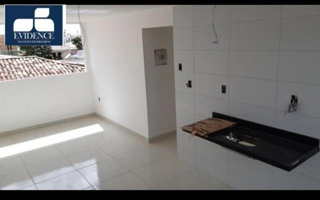 Apartamento de 2 quartos na melhor localização do CRISTO! - Foto 2