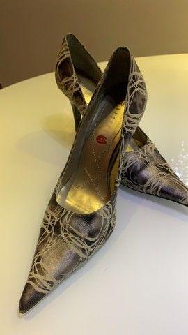 Lote um lote sapatos - lindíssimos N37