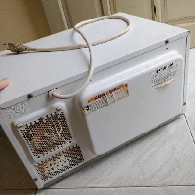 Forno Micro ondas Brastemp clear 20L,110v,Retirar peças ou Conserto, ACEITO TROCAS - Foto 4