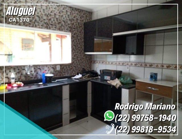Alugo linda casa c/ área gourmet e hidromassagem no bairro Jardim Mariléa, Rio das Ostras - Foto 13