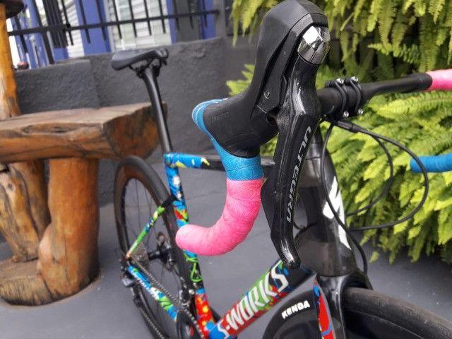 Bicicleta Semi Nova Tarmac SL6 SW Disc - Foto 5