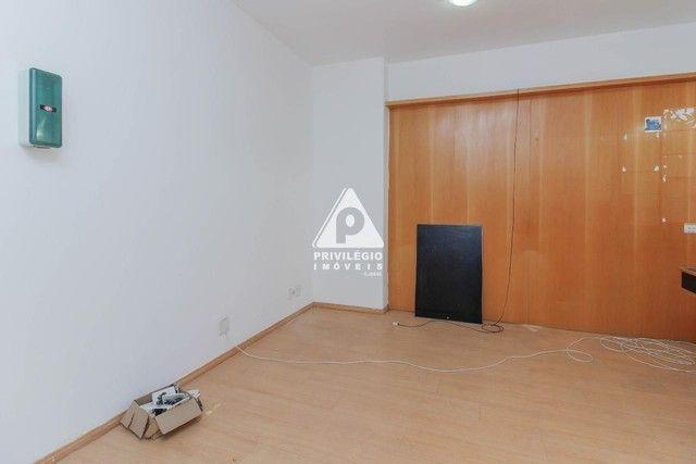 Sala 60,00 Centro para aluguel - Foto 8