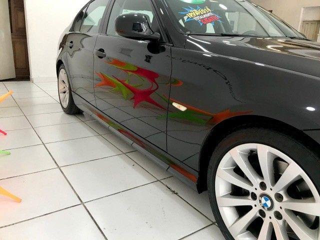 BMW 320i Muito nova - Foto 16