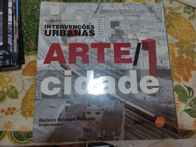 Livro intervenções urbanas Arte/Cidade