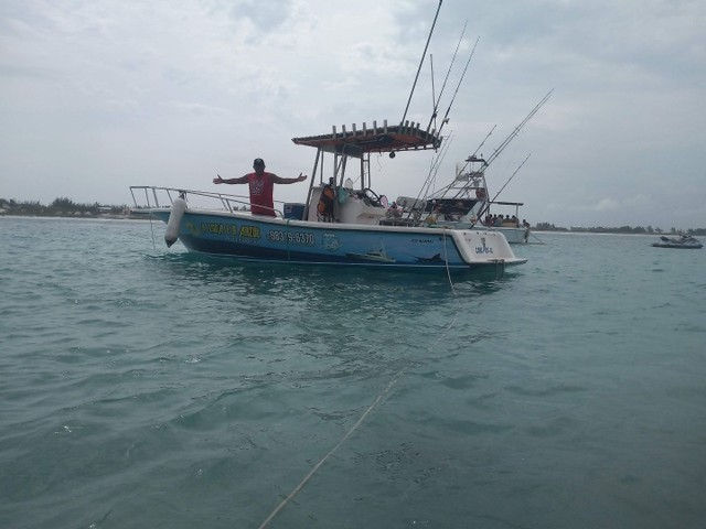 Lancha pesca, passeio e mergulho