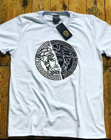 Camiseta Versace, Adidas e Abercrombie - Foto 2