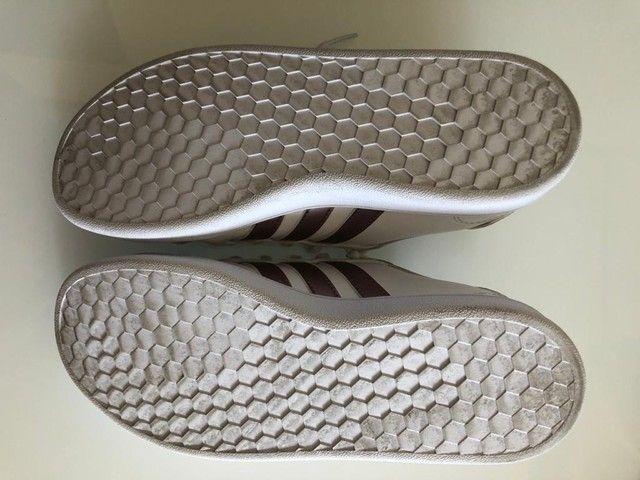 Tênis Adidas n.32 Seminovo original  - Foto 3