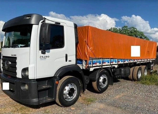 Caminhão Bitruck 24280 ano: 2013