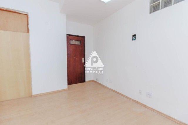 Sala 60,00 Centro para aluguel - Foto 9
