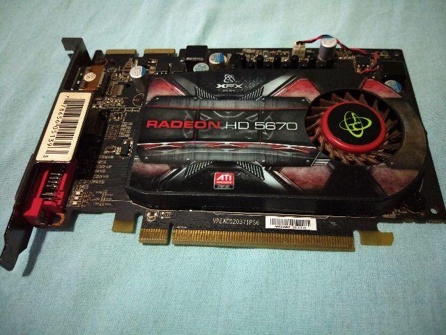 Placa de vídeo AMD Radeon HD 5670 1GB gddr5