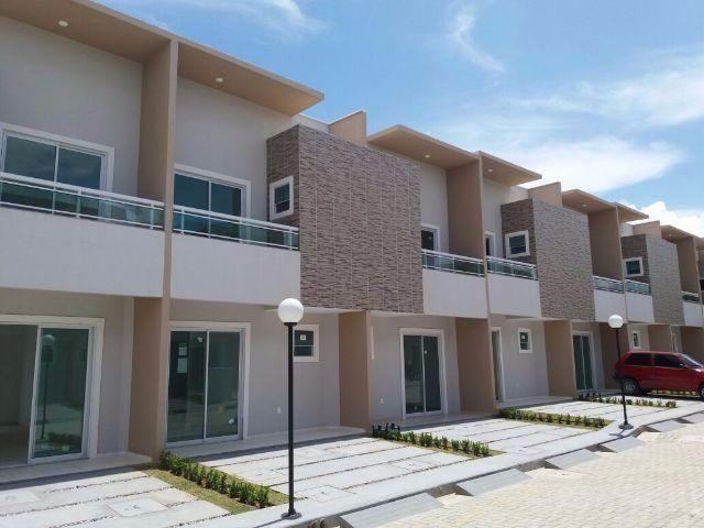 Casa em condomínio no Eusébio próximo a CE 040