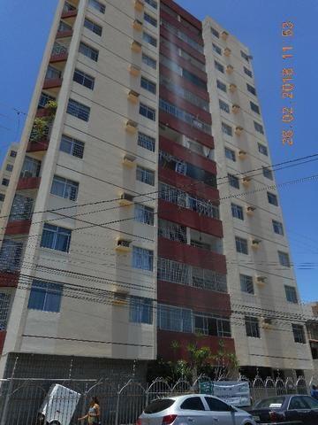 Apartamento na rua itaporanga edificio casa grande bairro centro