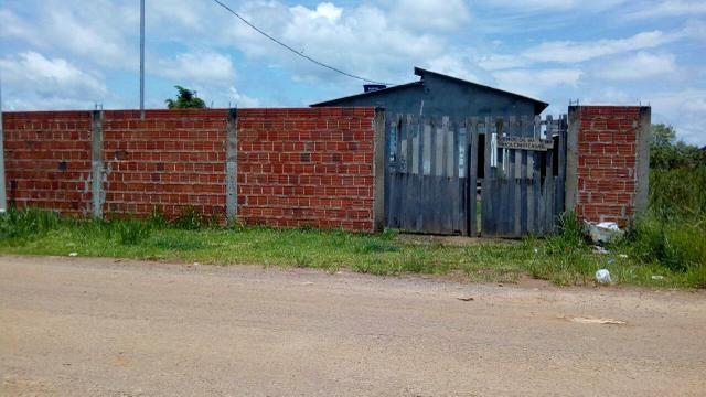 Venda ou troca-se em duas casas pode ser em bairros diferentes