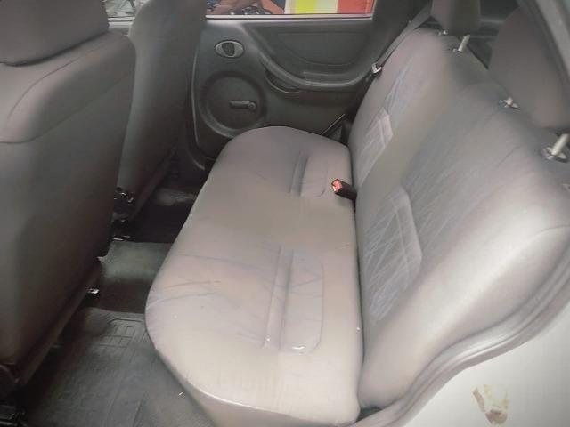 Gm - Chevrolet Celta Entrada 5000 ou menos faz com score baixo - Foto 2