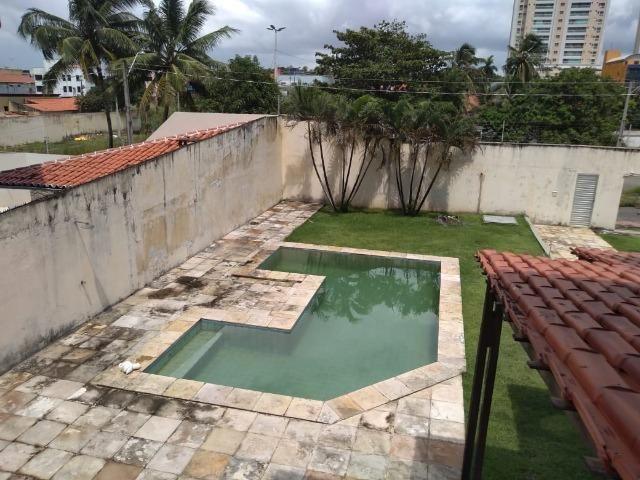 Casa alugar no Calhau com 4 suítes - Foto 18