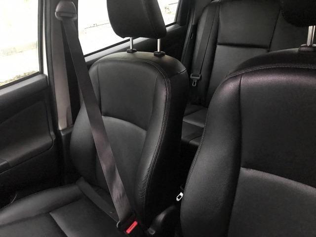 Toyota Etios XLS Sedan 1.5 2015 - Foto 6