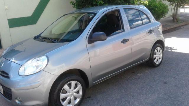 Nissan MARCH 1.0 2012 - Foto 5