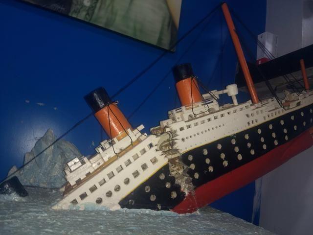 Vende-se Navio Titanic
