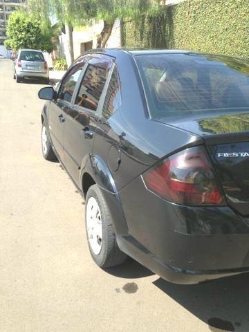 Fiesta Sedan Class 1.6 Flex. Completo + Couro + Teto. 2.500 Abaixo da Tabela Fipe - Foto 4