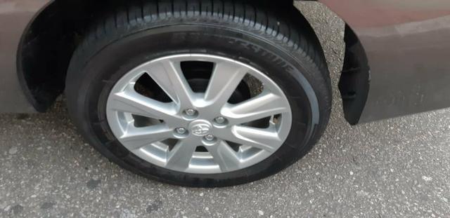 Toyota Etios X Plus 1.5 sedan - Foto 9